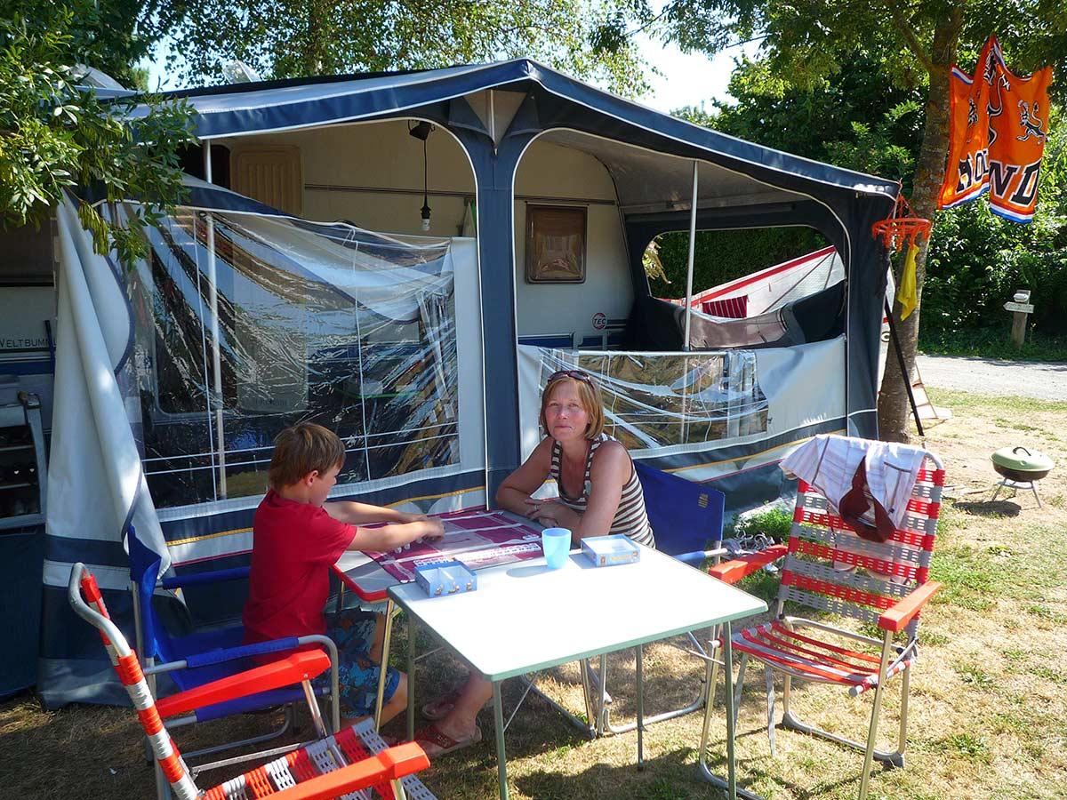 gros plan emplacement camping en Vendée